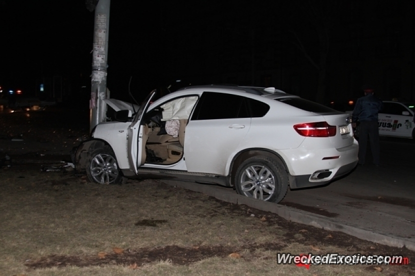 2009 Bmw X6 Wrecked In Yerevan Armenia