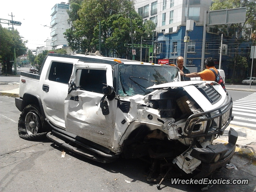 Hummer H2 Wrecked In Mexico City Mexico