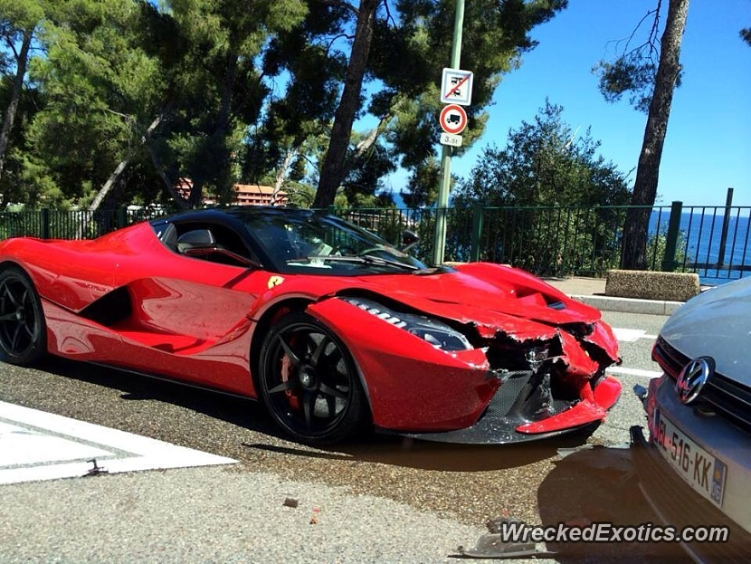 $1.3 Million Ferrari LaFerrari Crashes in Monaco