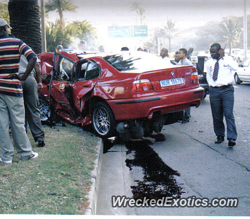 Driver Lost Control And Crashed Into a Palm Tree at 110 Mph