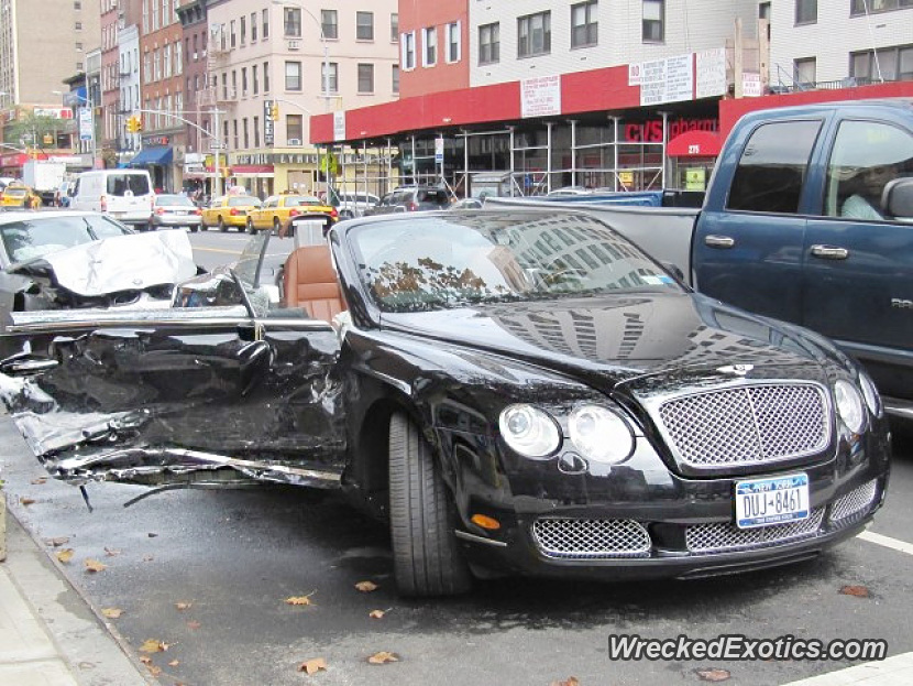 bentley continental gtc wrecked in new york