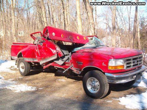 Car Crashes - High Speed Automobile Wrecks
