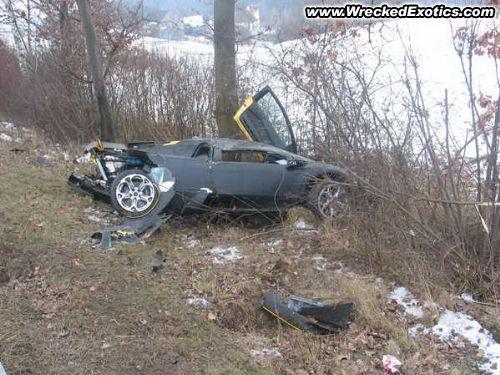 exotic cars wrecked exotic cars ferrari lamborghini bmw mercedes benz. Black Bedroom Furniture Sets. Home Design Ideas