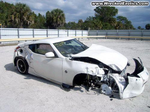 Wrecked White Z Nissan 370z Forum