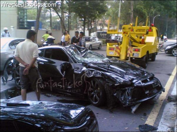 Wrecked Exotic Cars Ferrari Bmw Mercedes Acura
