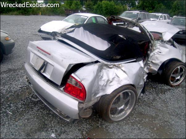 Autos De lujo Chocados! Imagenes Nunca Antes Vistas!!