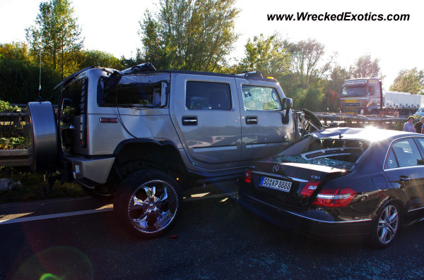 Hummer H2 And Mercedes E Class Wrecked Wiesbaden Germany