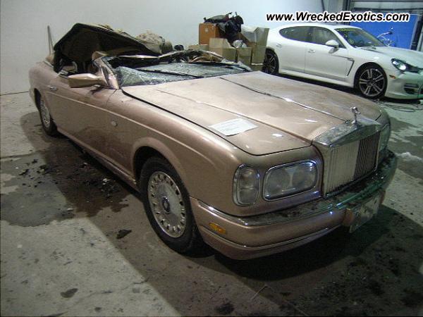 2001 Rolls Royce Corniche Wrecked Dubai Uae