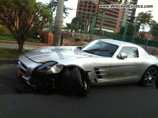 Mercedes Benz Sls Amg Wrecked Bogota Colombia