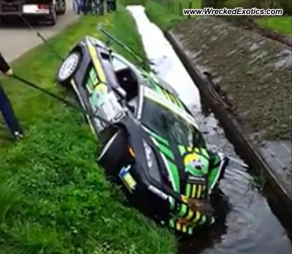 Lamborghini Gallardo Wrecked The Netherlands