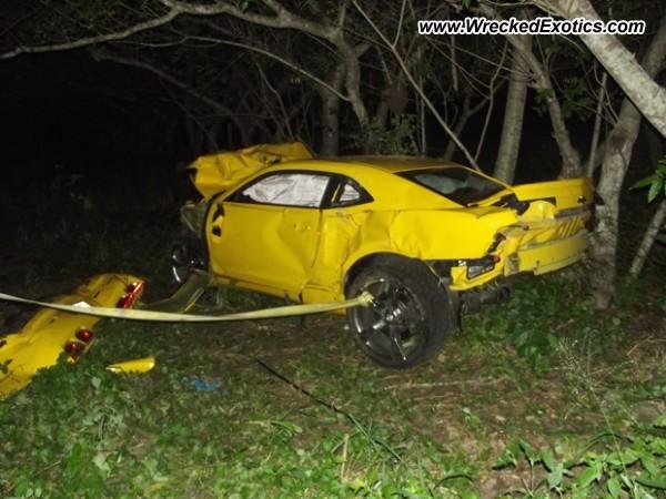 Chevrolet Camaro Wrecked Brazil