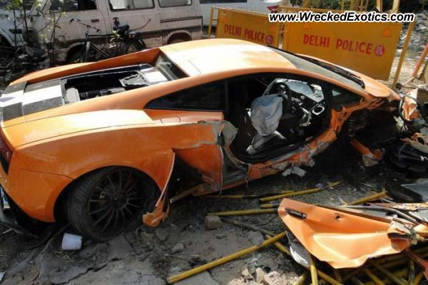 Lamborghini Gallardo Valentino Balboni Edition Wrecked New Delhi India
