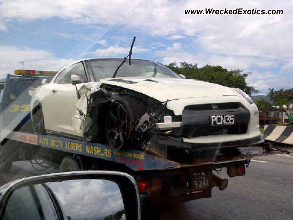 2009 Nissan Gt R Wrecked Trinidad West Indies