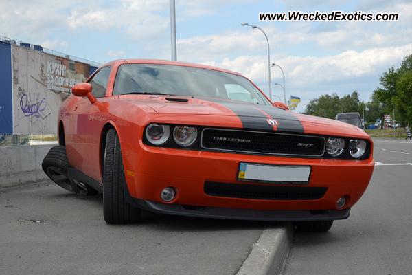 2011 Dodge Challenger Srt8 Wrecked Odessa Ukraine