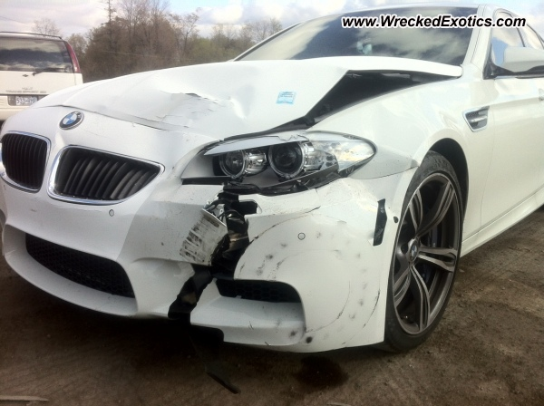 2012 Bmw M5 Wrecked Toronto Canada Photo 2