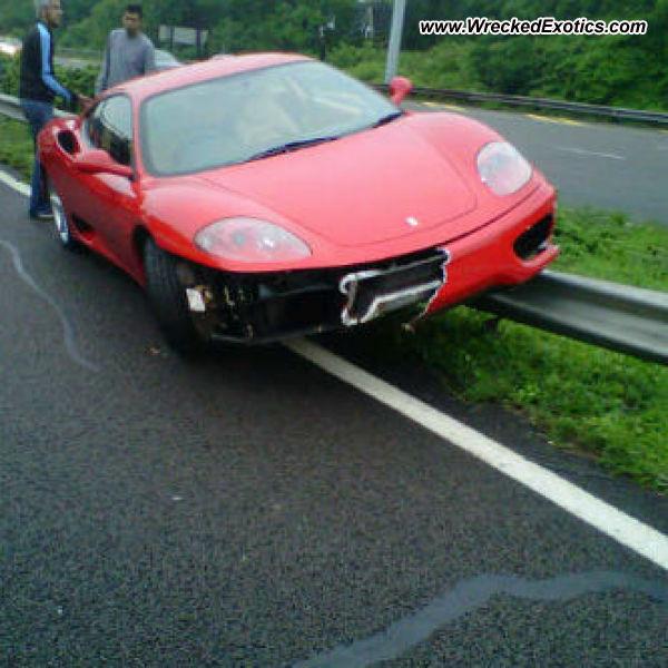 Bmw Z8 Salvage: Ferrari 360 Modena Wrecked, Durban, South Africa