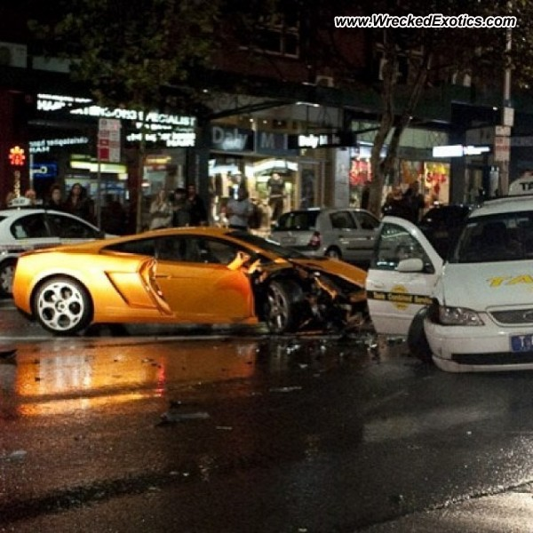 Bmw Z8 Salvage: Lamborghini Gallardo Wrecked, Sydney, Australia