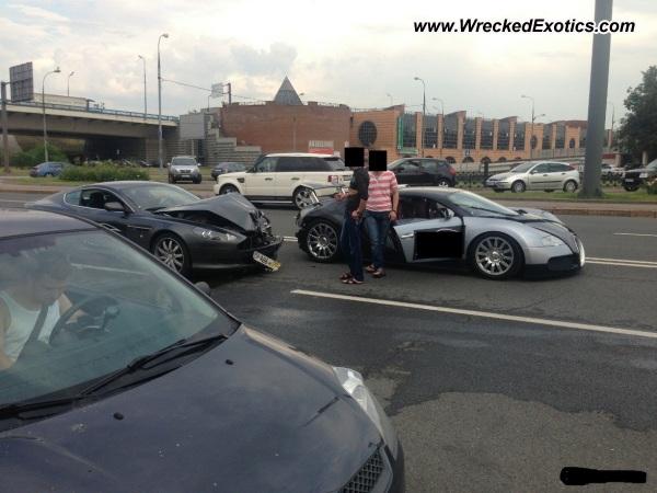 Bugatti Veyron Wrecked Moscow Russia