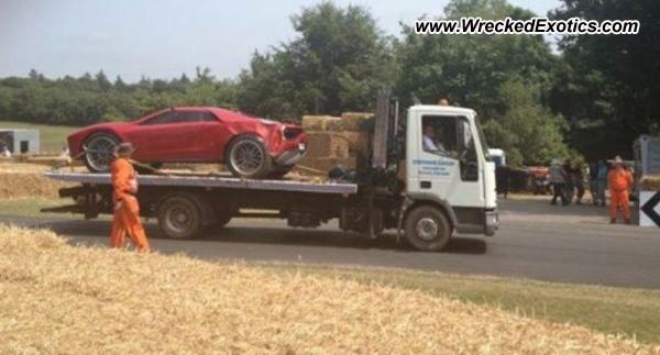 Lamborghini Giugiaro Parcour crashes at Goodwood Festival of Speed