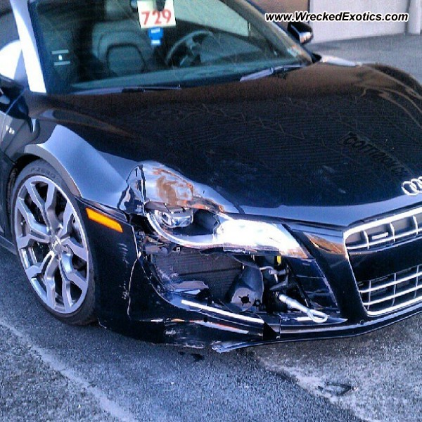Audi V10 R8 Wrecked, Doylestown, PA, Photo #2