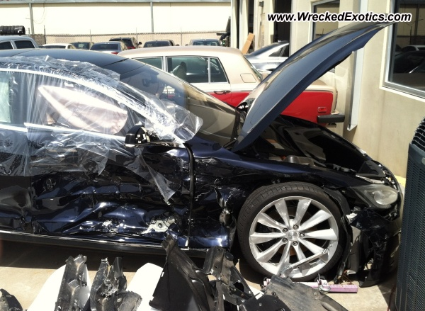 2013 Tesla Model S Wrecked Dallas Tx Photo 2