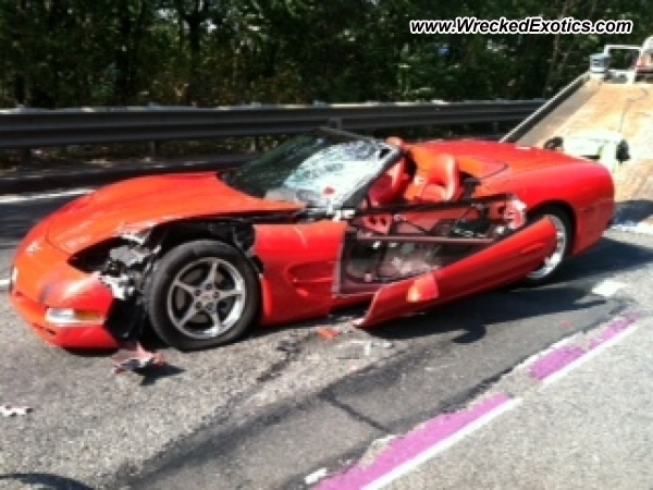 2004 Chevrolet Corvette Wrecked Weehawken Nj Photo 3
