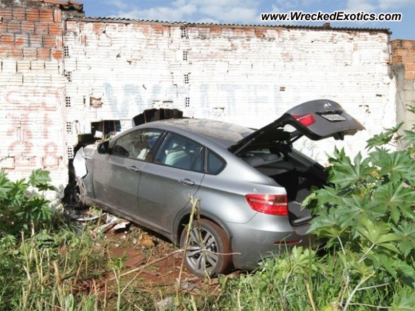 2012 BMW X6 Wrecked Ribeirao Preto Brazil