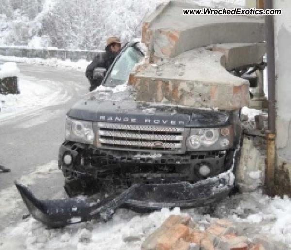 Bmw Z8 Salvage: Range Rover Wrecked, Cintano, Italy