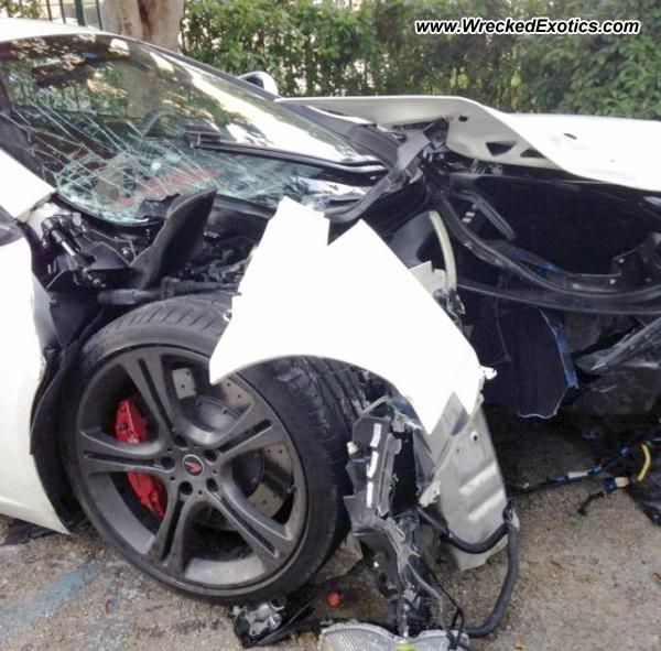 Bmw Z8 Salvage: Mclaren MP4-12C Wrecked, Miami, Florida, Photo #2