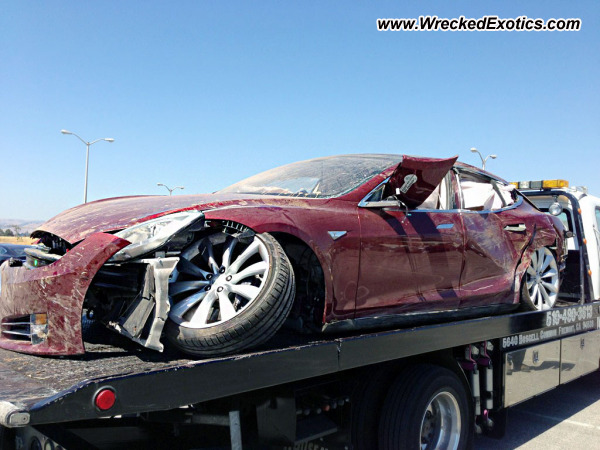 Tesla Model S Wrecked Fremont Ca Photo 2