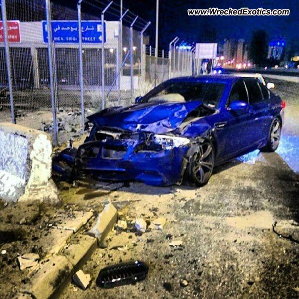 Bmw Z8 Salvage: BMW M5 F10 Wrecked, Saudi Arabia