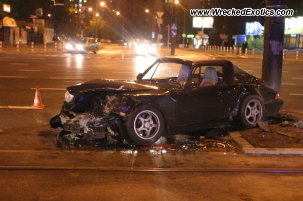 Porsche 911 Wrecked Warsaw Poland Photo 2