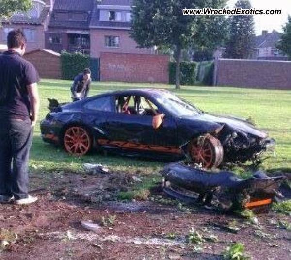 Bmw Z8 Salvage: Porsche 911 GT3 RS Wrecked, Hasselt