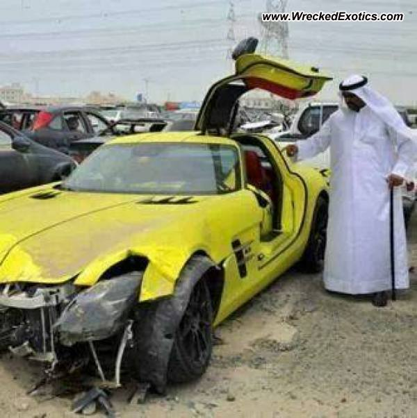 Mercedes Sls Amg Electric Drive Wrecked Dubai Uae