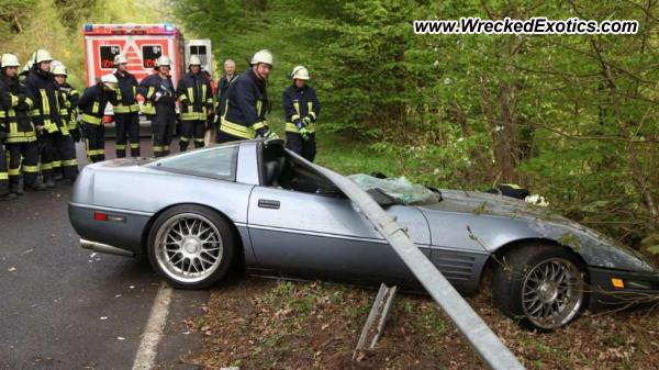 Chevrolet Corvette C4 Wrecked Schwarzwald Germany