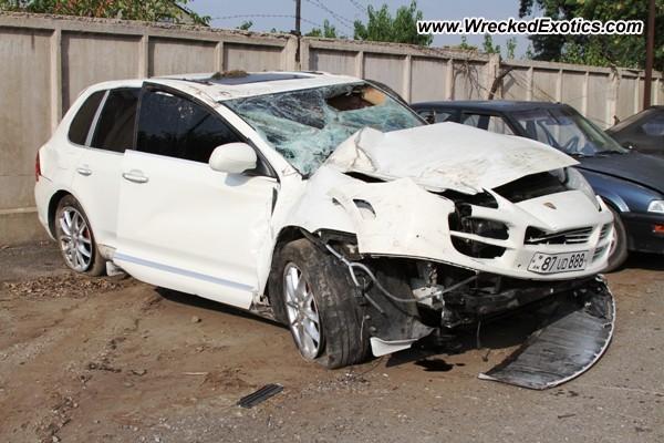 2005 Porsche Cayenne S Wrecked Yerevan Armenia